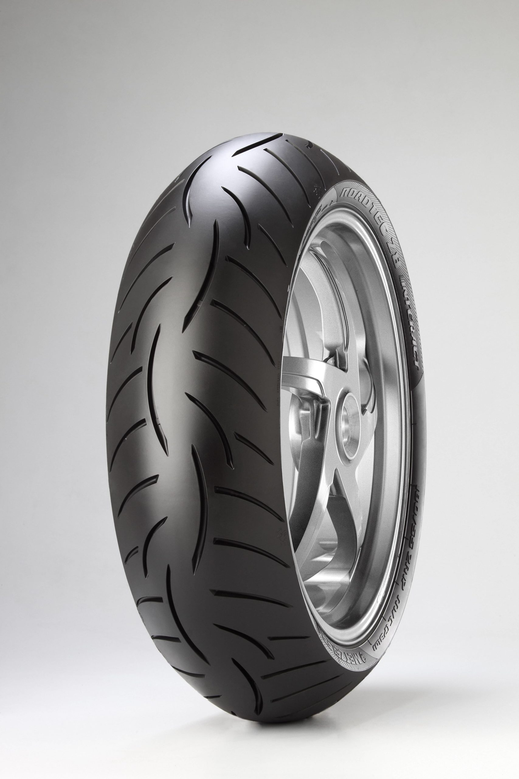 Anvelopa 180/55 R17  73W   ROADTEC Z8 INTERACT  (K) TL METZELER